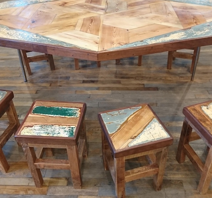 1532353765Table and stools.jpg