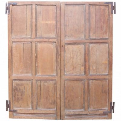 Pair Of 18th Century English Panelled Oak Cupboard Doors
