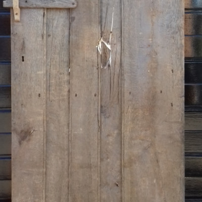 Early  ledged oak door with original hinges & oak latch.