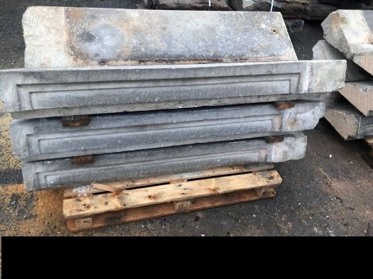 Reclaimed french stone staircaise - 22pcs.