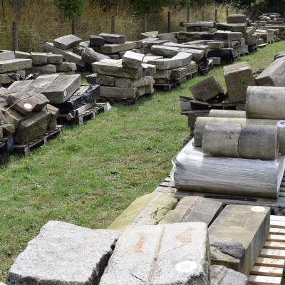 Stock clearance auction on behalf of Watling Reclamation of over 650 architectural lots