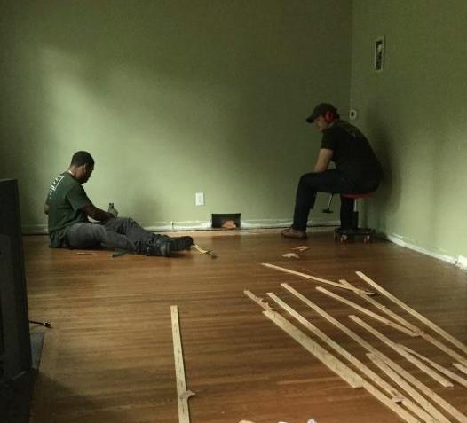 1536052293Salvaging wood .jpg