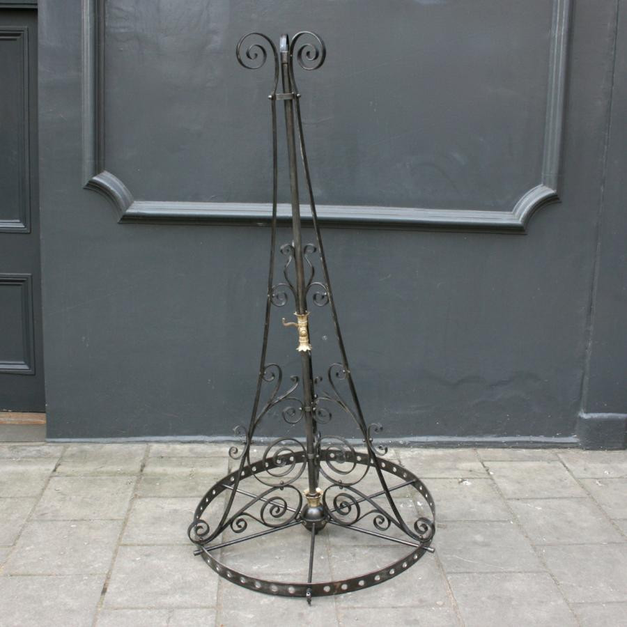 15393461601509226080-Victorian-gothic-wrought-iron-chandeliers-1.jpg