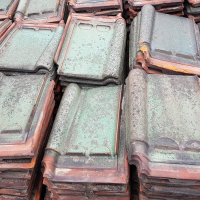 Belgian pottelberg courtrai roof tiles in green