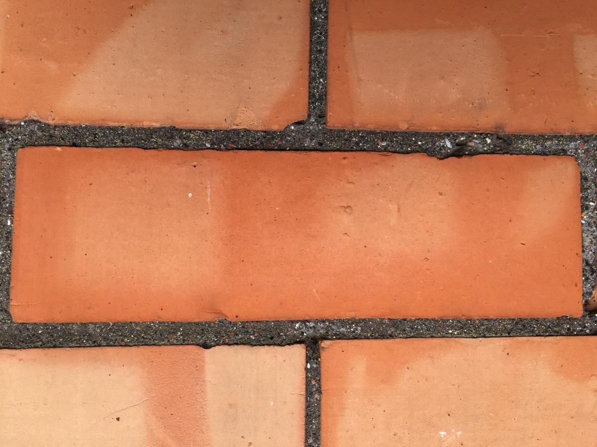 Bricks - Victorian smooth face imperial hard bricks