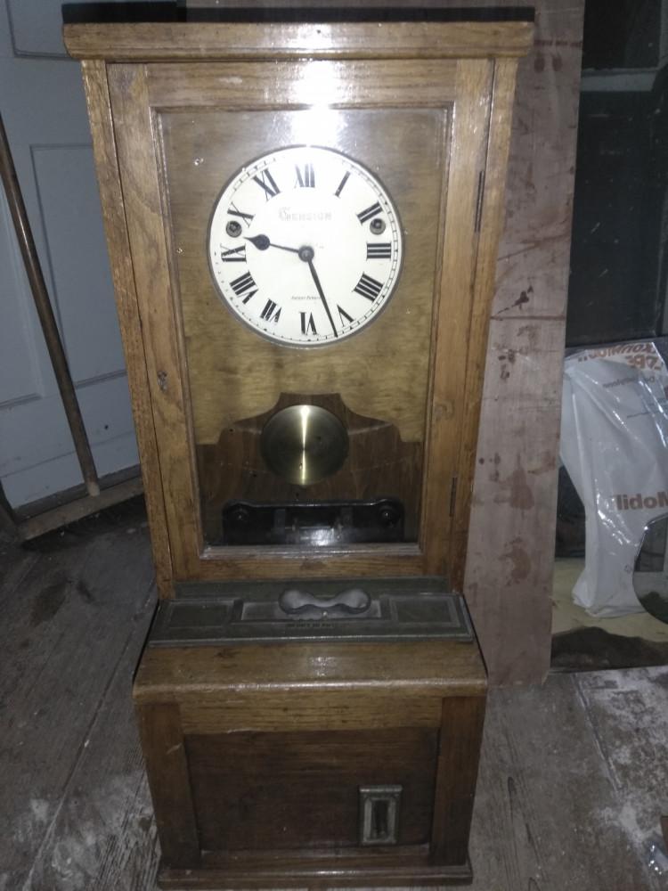 Gensign clocking in clock