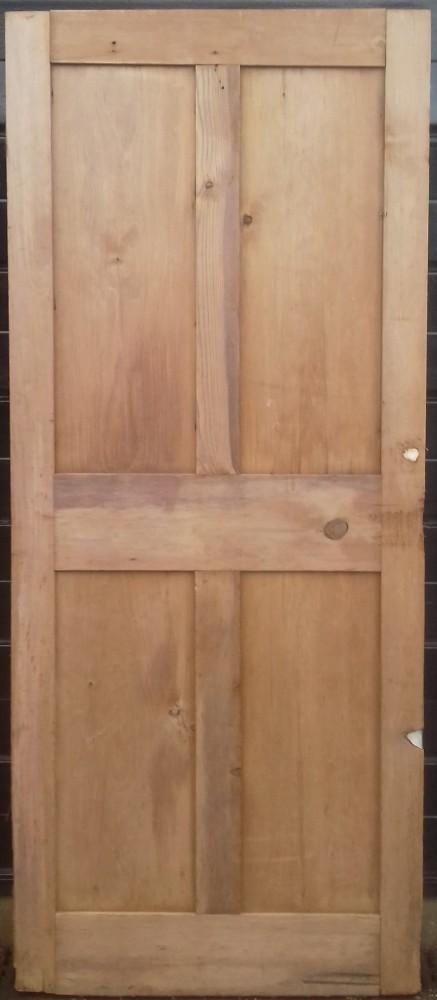 Small Victorian 4 panel pine door.
