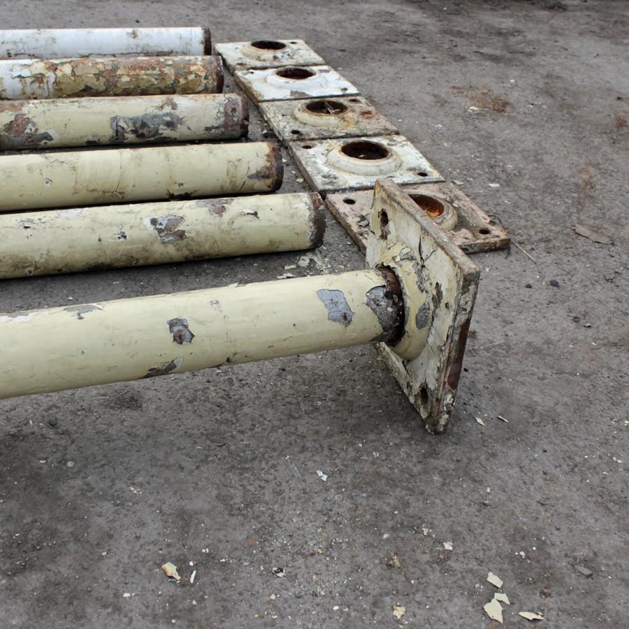 Reclaimed set of 6 cast iron columns