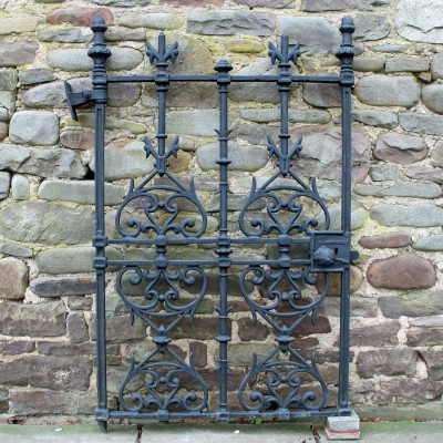 C19th cast iron pedestrian gate
