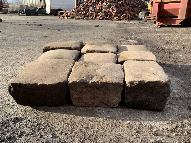 Red Sandstone cobbles/ sets