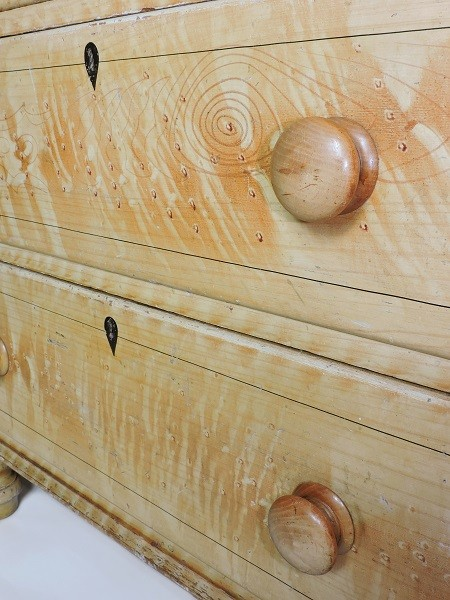 1880s Scumbled pine chest of drawer victorian antique