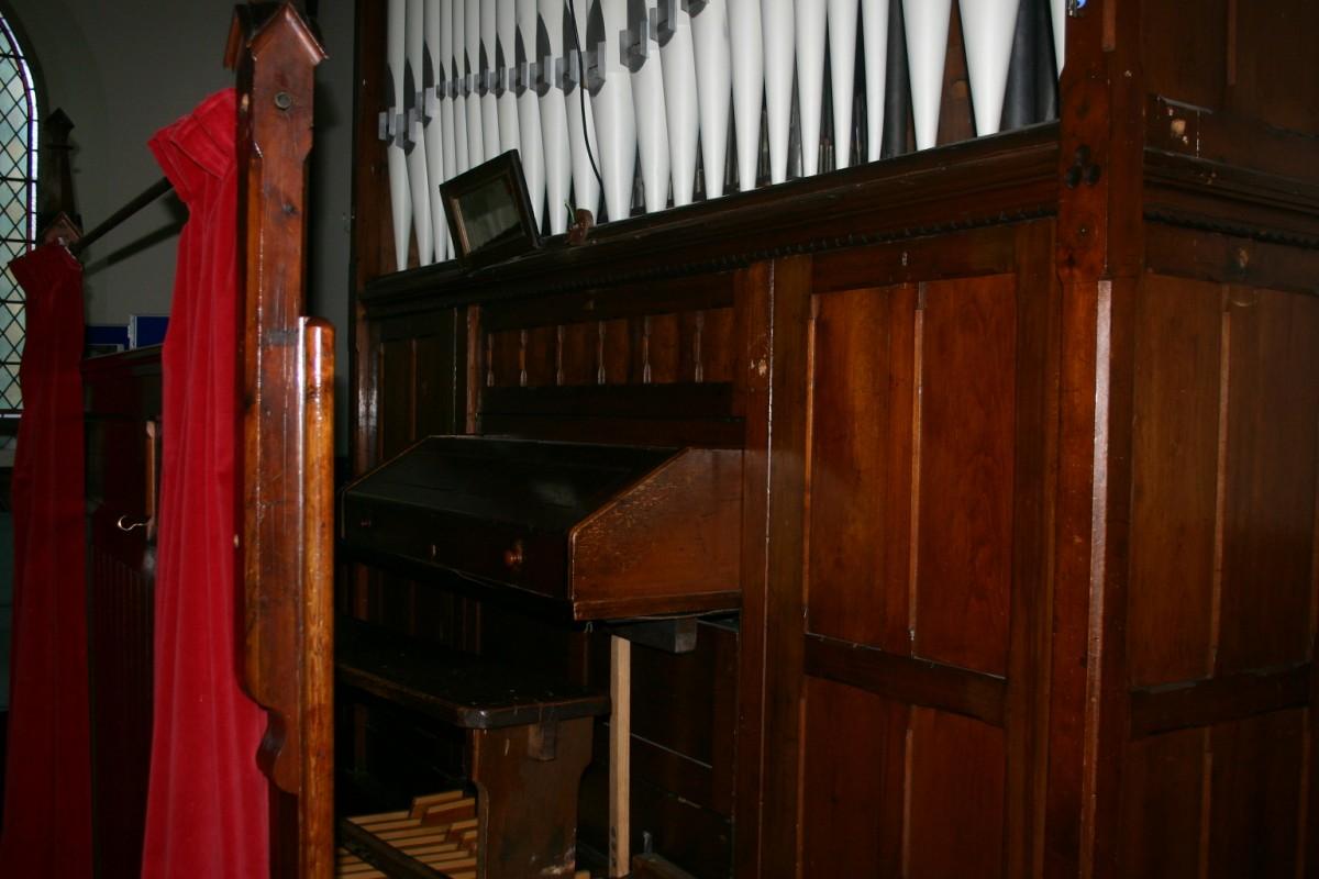 Victorian Organ Casing / screen panelling