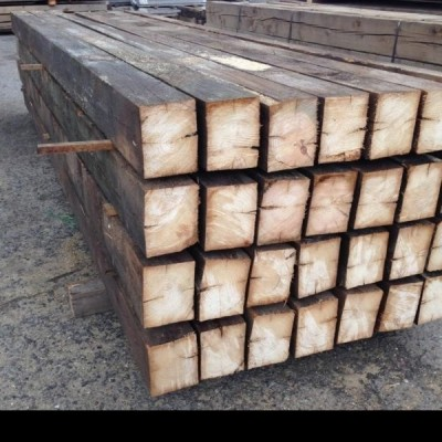 Reclaimed pine beams - 20x20x420cm