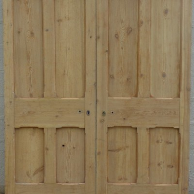 Victorian non-rebated pine double doors.