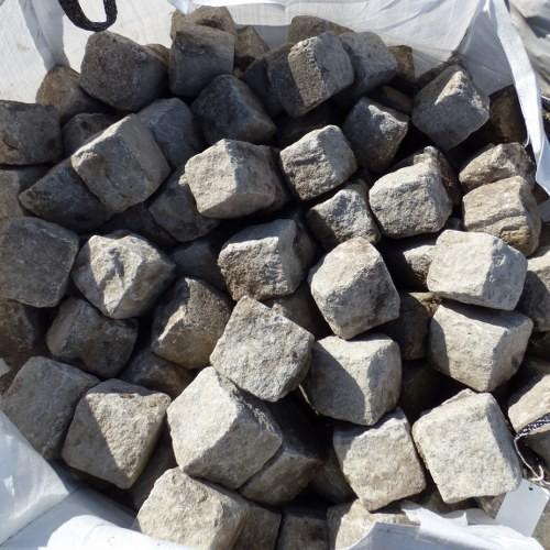 """Granite 4"""" x 4"""" Cobbles / Setts"""