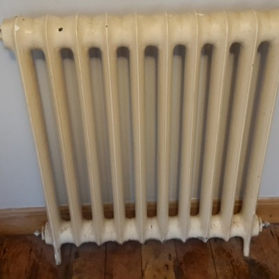 Cast Iron Radiator in good working order