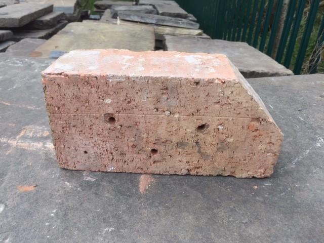 single cant bricks
