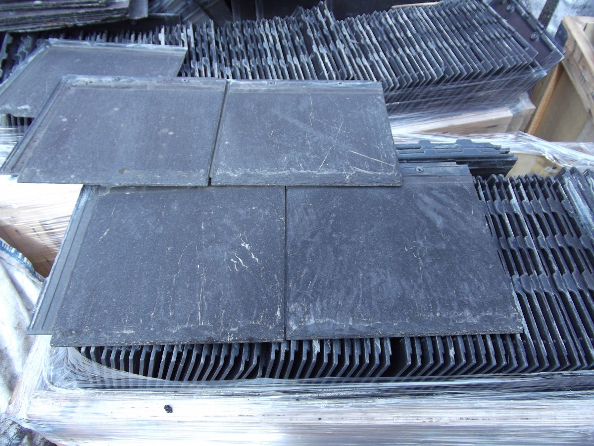 Redland cambrian roof tiles /slates