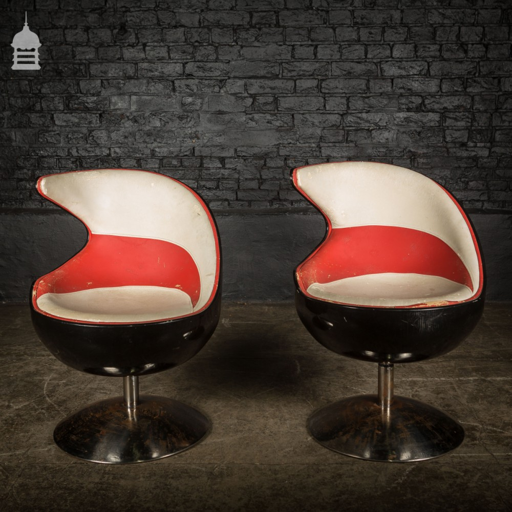 Amazing Pair Of 60S Retro Italian Design Red And White Leather Swivel Chairs Squirreltailoven Fun Painted Chair Ideas Images Squirreltailovenorg