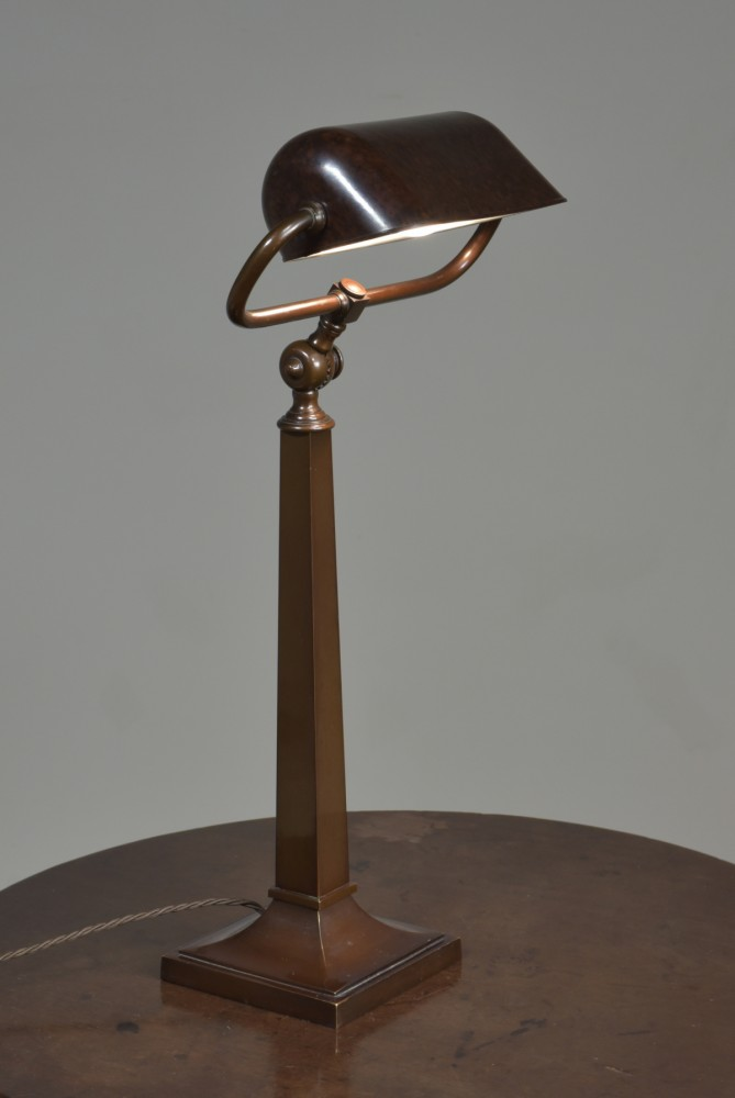 Exceptional Bronze Bankers / Desk Lamp