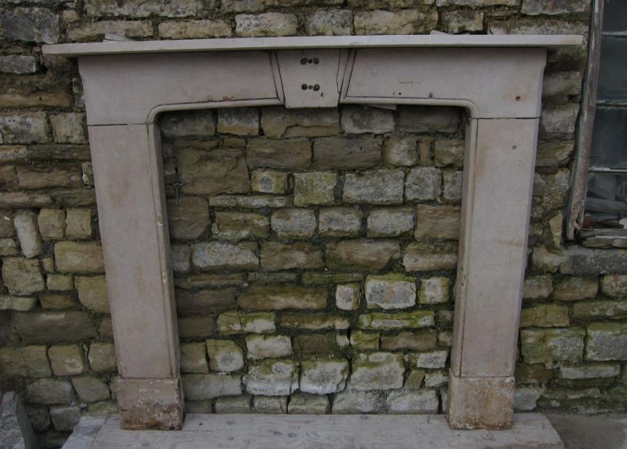 Antique English Early 19th Century Cotswold Stone Fireplace
