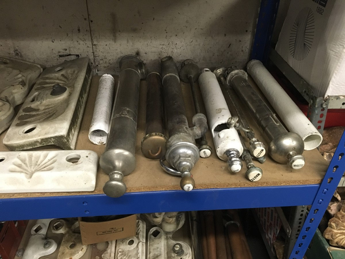 Hoard of taps, spares, bathroom fittings &c.