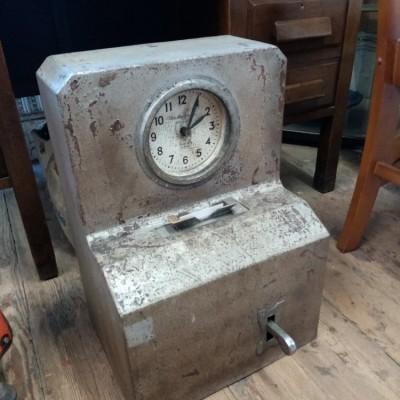 Vintage metal clocking in clock