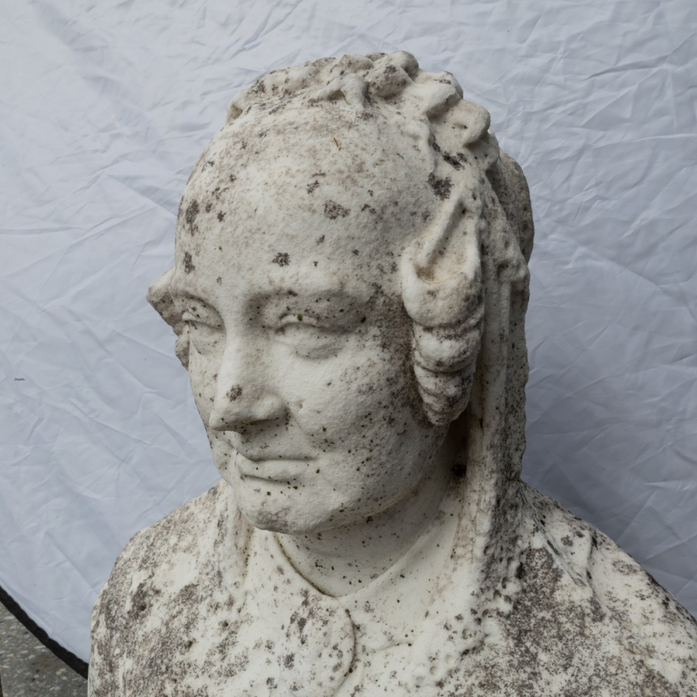 Antique Queen Victorian Bust carved in Carrara marble