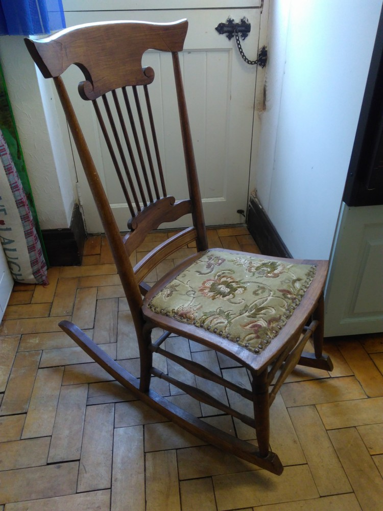 best service 7e2d5 6fb67 Unique (arm-less) antique child's rocking chair with upholstered seat.