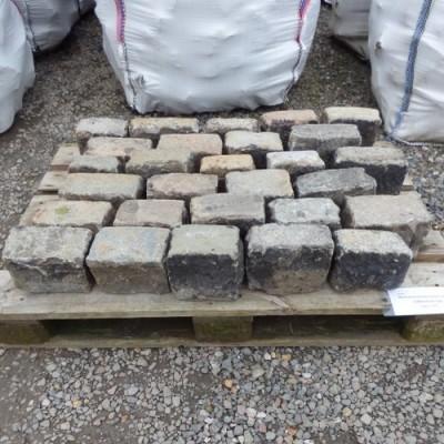 Reclaimed light granite setts/cobbles