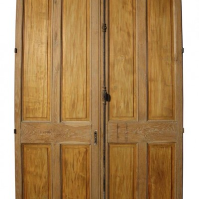 A pair of antique oak room dividers / double doors