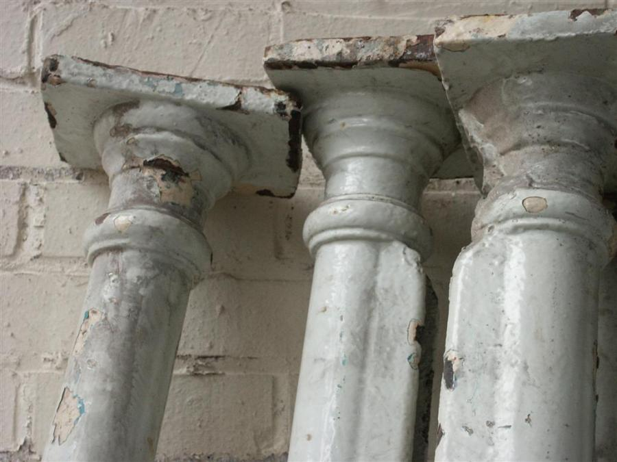 set of 10 victorian cast iron columns