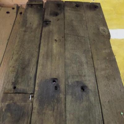 Stone wood reddish in original state 17,5 cm x 268 cm x 5 cm