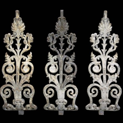 A set of 21 curved cast iron balustrades