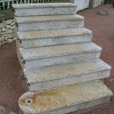 escalier granit - antique granite stairs