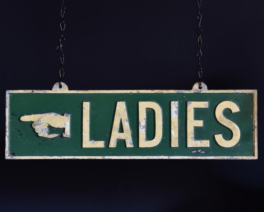 cast ladies sign
