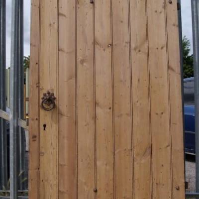 Victorian ledge & brace door