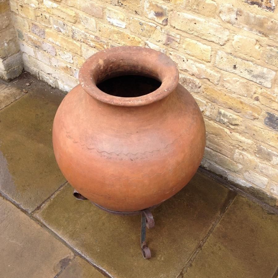 Reclaimed Terracotta Pot With Stand