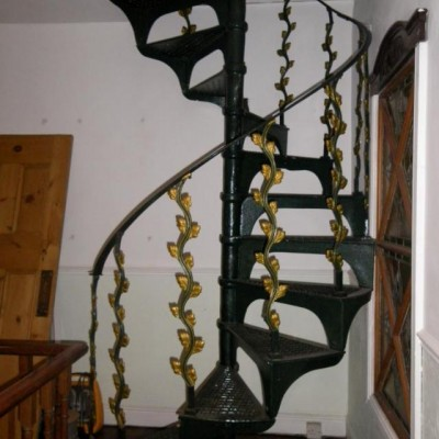 Decorative Cast Iron Spiral Staircase - 13 Steps
