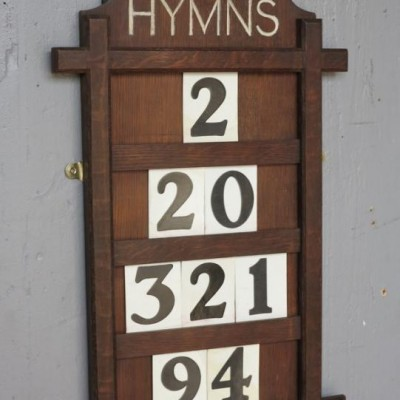 Victorian Hand Carved Oak Hymn Board & Extra Numbers In Wooden B