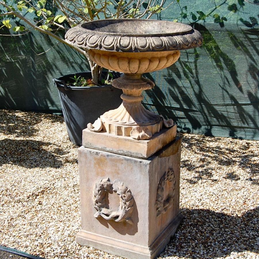 Traditional Blashfield Stone Urns On Plinths