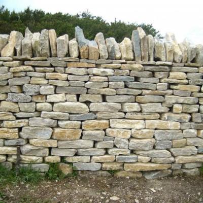 Reclaimed White / Cream Lias Building / Walling Stone