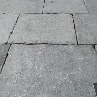 Dallage, dalles Bleue Antique / Antique reclaimed blue stone flagstones