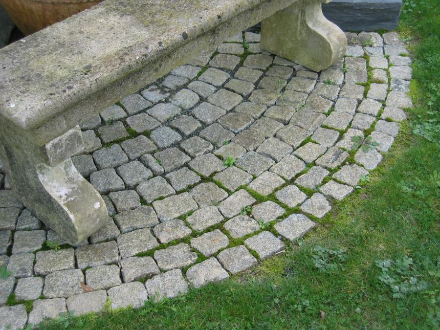 Pavés granit 10 X 10cm / small format antique granite cobbles, setts