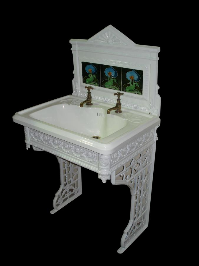 Beau Art Nouveau Cast Iron Sink/basin Stand