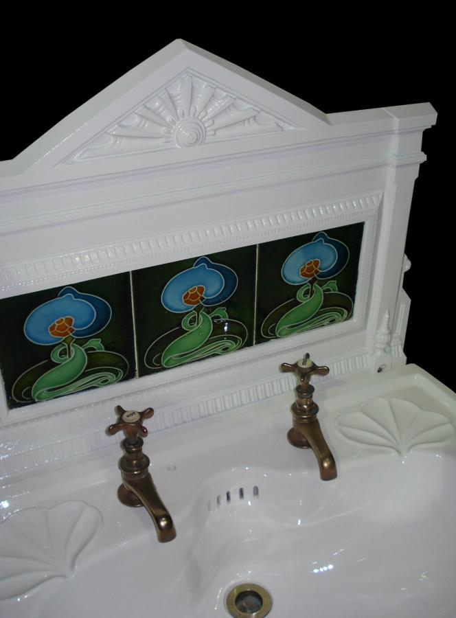 Art Nouveau Cast Iron Sink/basin Stand