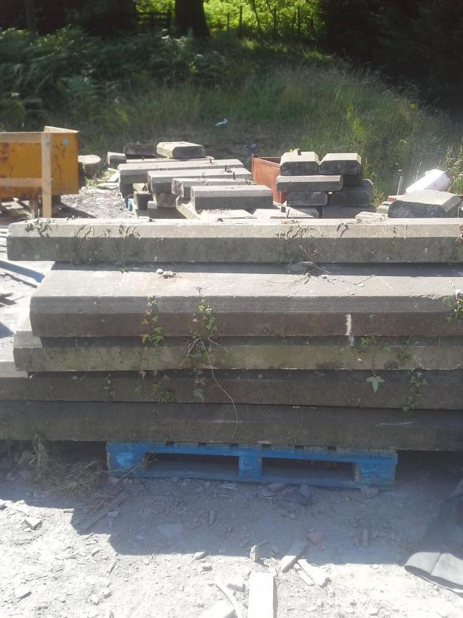 Reclaimed stone coping