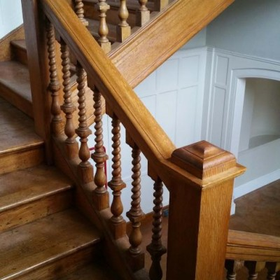 19th Century Oak Staircase Spindles And Handrail
