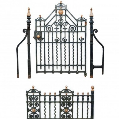 Antique Cast Iron Side Gate With Posts And 12.5 M Of Railings