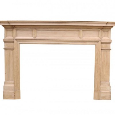 Pine Panelled Frieze Fireplace From The 19th Century
